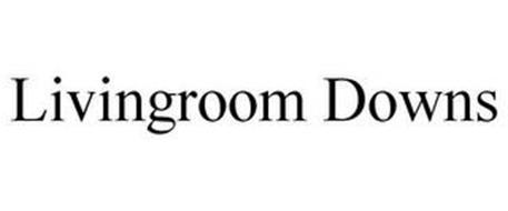 LIVINGROOM DOWNS