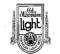 OLD MILWAUKEE LIGHT PREMIUM LIGHT BEER