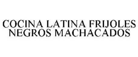 COCINA LATINA FRIJOLES NEGROS MACHACADOS