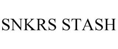SNKRS STASH