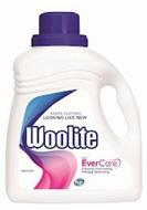 KEEPS CLOTHES LOOKING LIKE NEW WOOLITE WITH EVERCARE PROTECTS FROM FADING PILLING & STRETCHING HE LAUNDRY DETERGENT